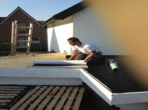 daklekkage amsterdam-daklekkage- dakbeschot vervangen aannemer amsterdam spoed rot lekkage