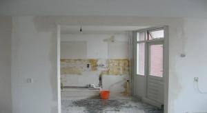 dragende muur verwijderen- Staal balk montage dragende wand vberwijderen amsterdam keuken woonkamer aannemer-dragende wand verwijderen